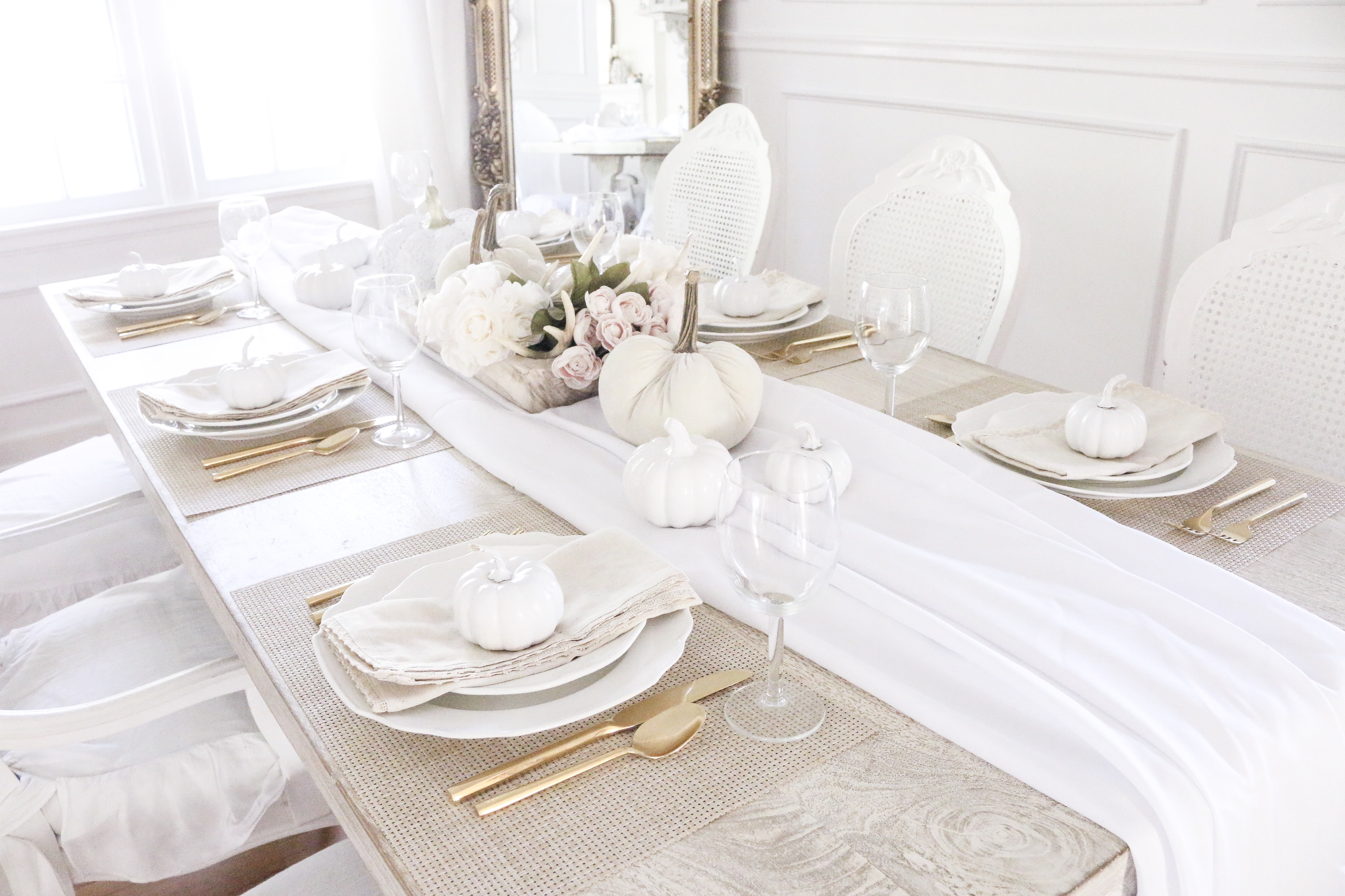 Feminine Fall Tablescape