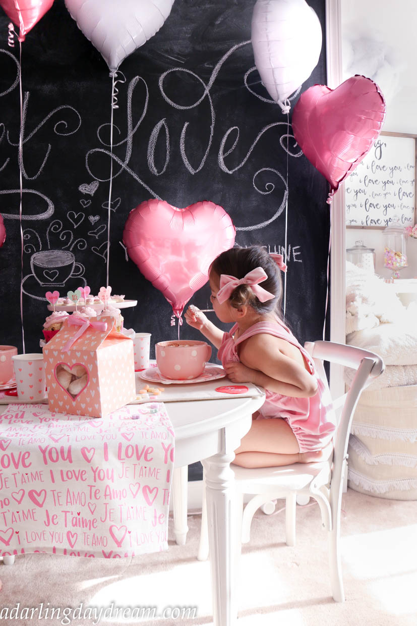 valentines-day-party-kids-party-party-ideas-kids-valentines-day-party-playroom_-14