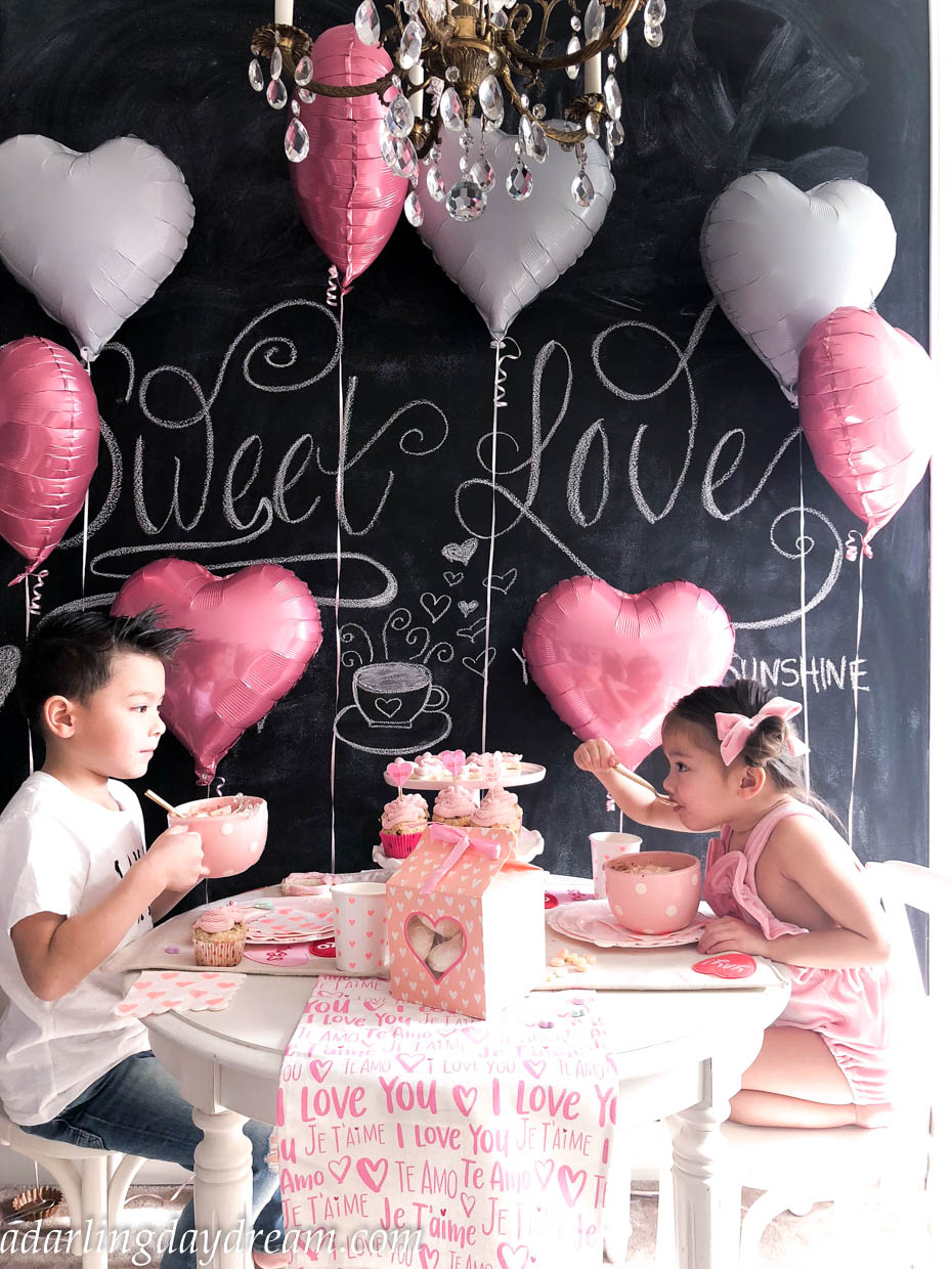 valentines-day-party-kids-party-party-ideas-kids-valentines-day-party-playroom_-19