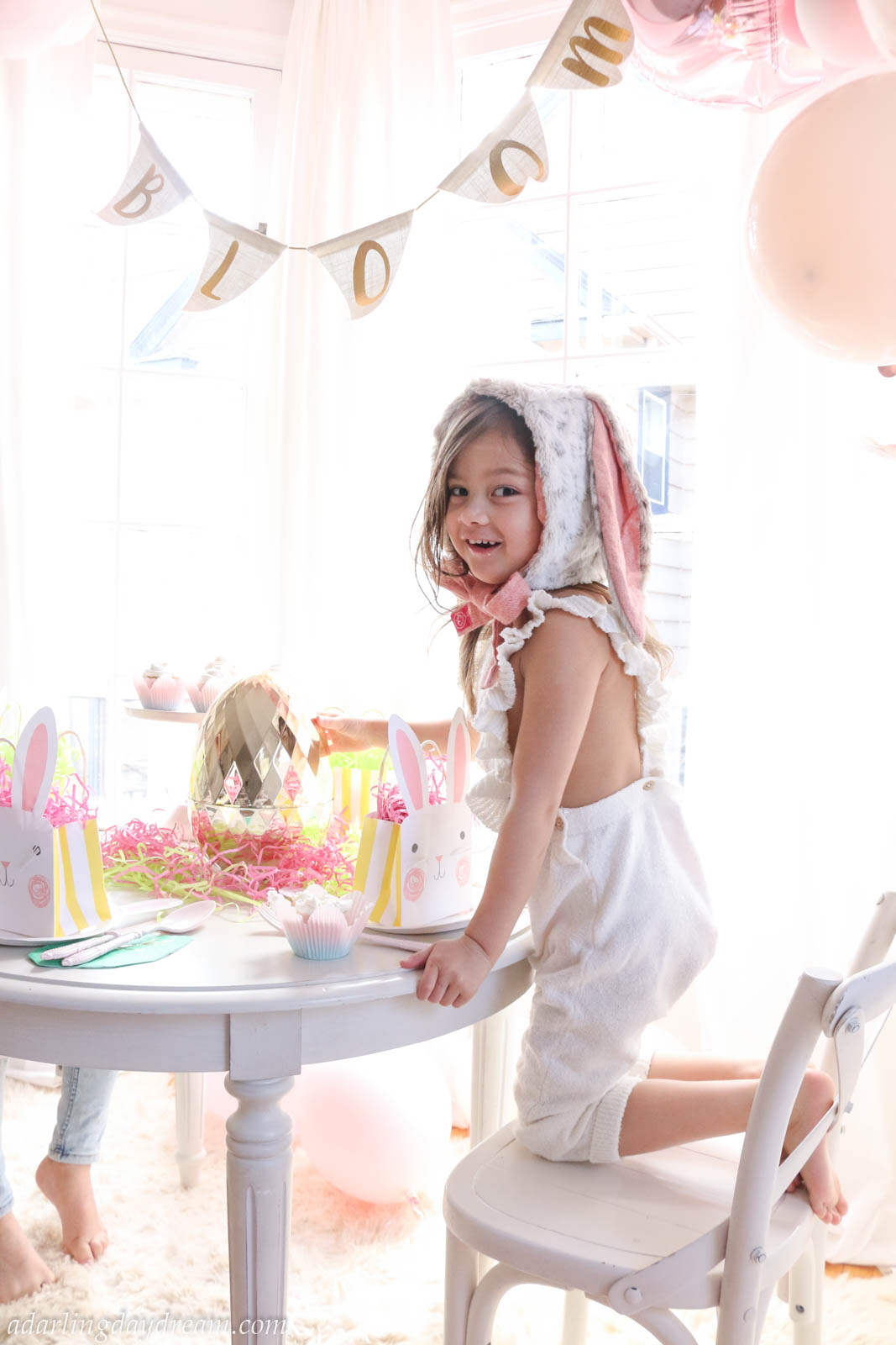 Easter-Kids-Tablescape-Spring-Tea-party-Decor-3